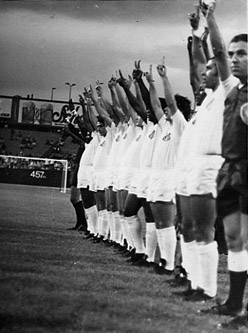 Santos vs AC Milan at Yankee Stadium NY 1966