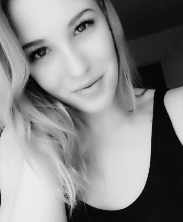 Anna representing Sweden